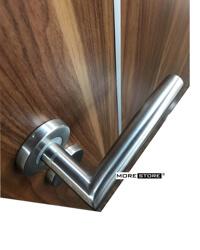 Picture of Cửa gỗ công nghiệp nẹp nhôm trang trí